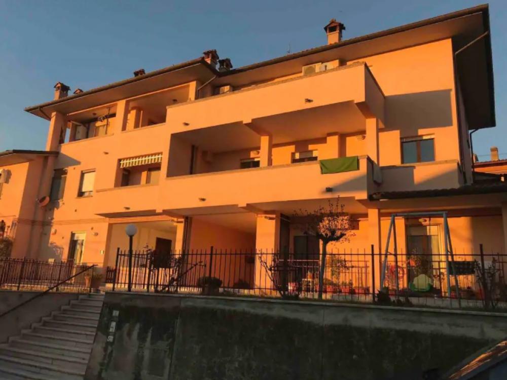 Huizenruil: Appartement in Passignano Sul Trasimeno