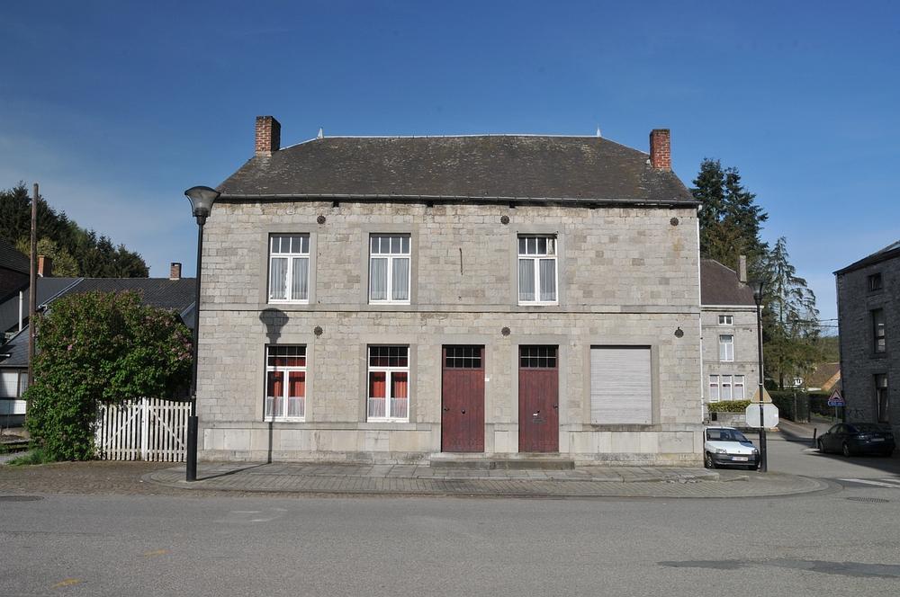Huizenruil: Vakantiehuis in Olloy-sur-Viroin